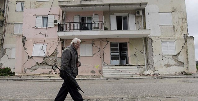 Άμεση δρομολόγηση των κατεδαφίσεων σεισμόπληκτων κτηρίων στην Παλλική