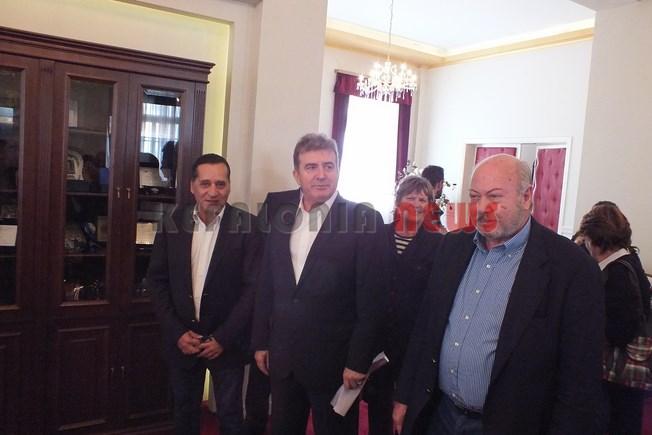 http://kefalonianews.gr/wp-content/uploads/2014/10/xrisoxo31-007.jpg