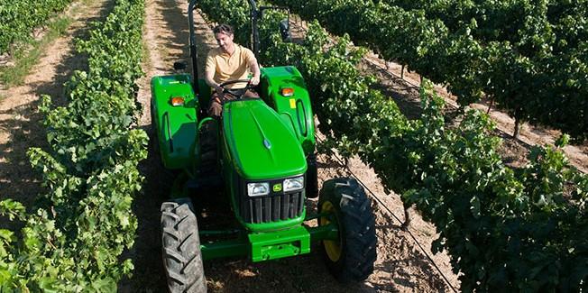 Ο  Ε.Α.Σ.  συμπαραστέκεται  στους  Νέους  Αγρότες
