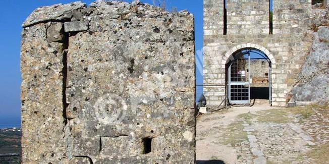 Το Κάστρο Αγίου Γεωργίου επισκέψιμο με  3€ είσοδο….