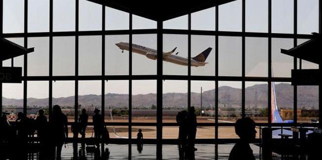 Νέο χτύπημα για τον ελληνικό τουρισμό: Η TUI ακύρωσε πακέτα διακοπών σε 8 προορισμούς