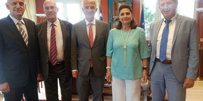 Συνεργασία για την διαχείριση των απορριμμάτων και την επανεκκίνηση του τουρισμού από τη Γερμανία στα Ιόνια Νησιά.