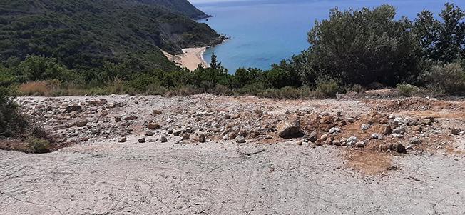 Παραλία Κορώνι, «ώρα μηδέν» -Επιτέλους κάντε το όπως, ο Τρίτσης!